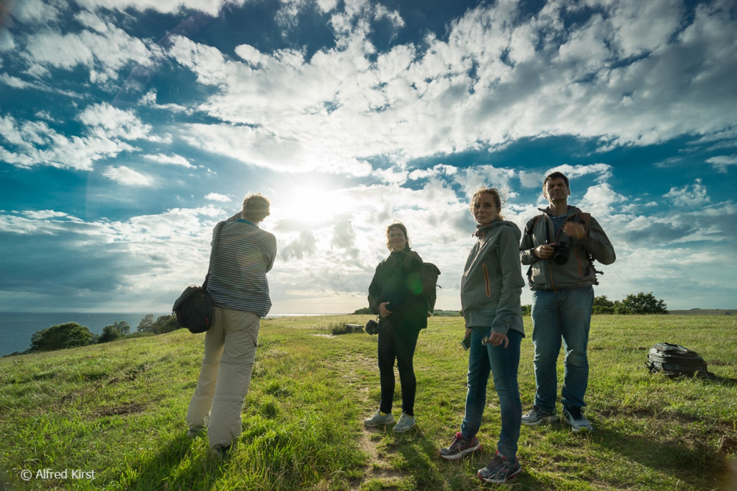 Das Bild hat Alfred Kirst, Fotoschüler von Jana Mänz (zweite von links) bei einem Ihrer Workshops auf Rügen aufgenommen.