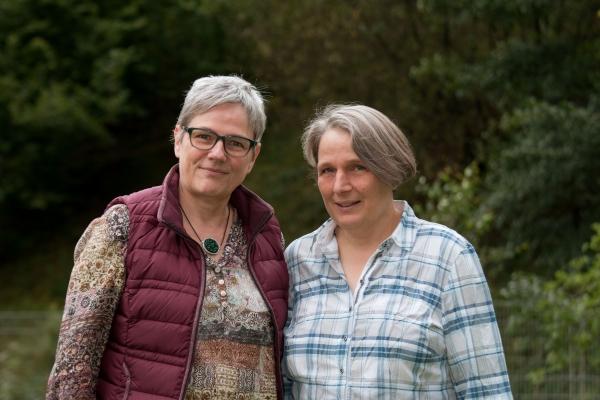 Claudia Ollenhauer und Regine Erhard
