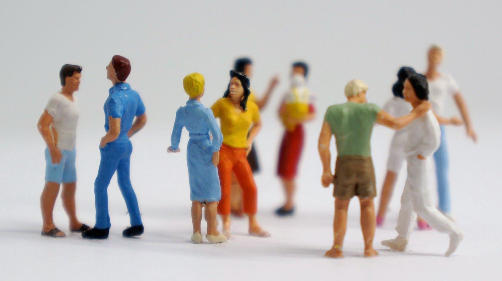 Du suchst Gleichgesinnte für ein gemeinschaftliches Leben? Bei bring-together findest Du täglich neue Menschen, die nach Gemeinschaft suchen.