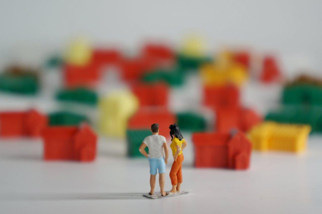 Du suchst Wohnprojekte für gemeinschaftliches Wohnen? Bei bring-together findest Du aktuelle Wohnprojekte, die nach Mitmachen/innen suchen.