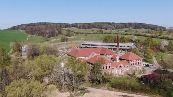 Nähe Dresden: Generationenübergreifendes Wohnen, Arbeiten - mit Pferd