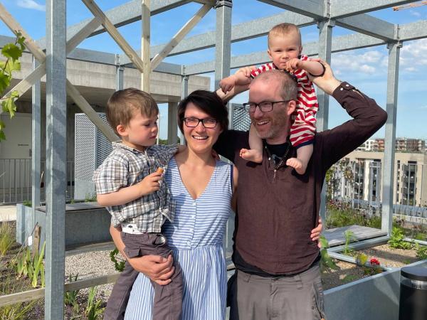 Clusterwohnung in städtischem Holzhaus (mit Kindern)