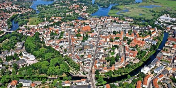 Stadt, Land, Havel